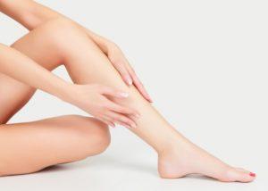 Pürüzsüz Bacaklar